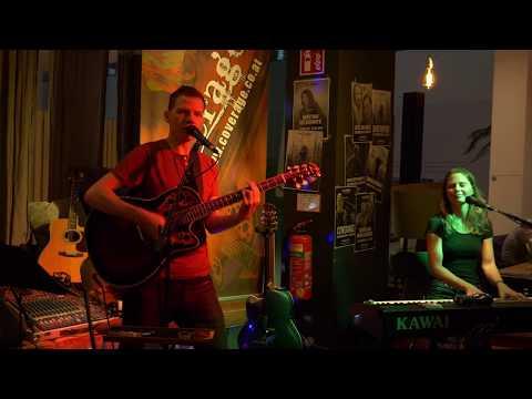 Für immer Jung (Ambros/Heller) im my Indigo, Linz, Promenadengalerien - Duo Coverage Unplugged