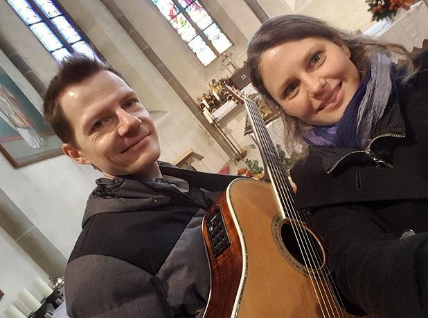 Musik Für Die Taufe Mit Sängerin Und Gitarrist Coverage