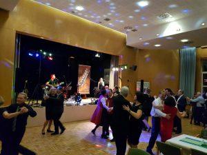 Tanzmusik bei einem Ball